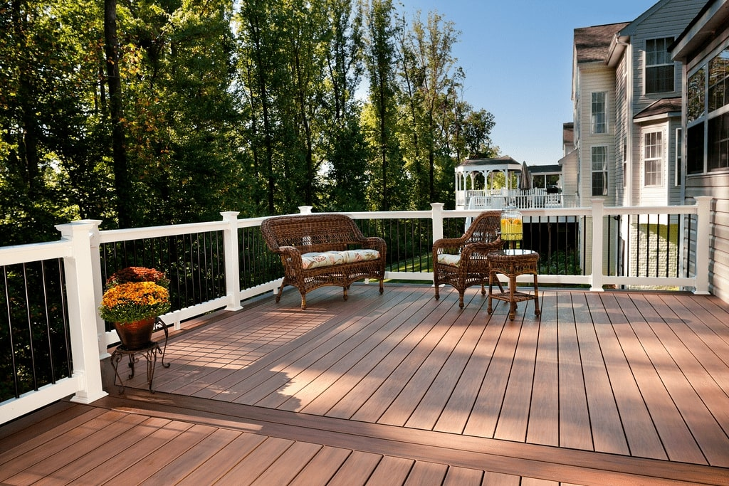 porch-builders-trex-decking-porchs-chicago